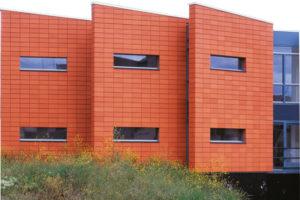 Глиняные панели для фасада дома