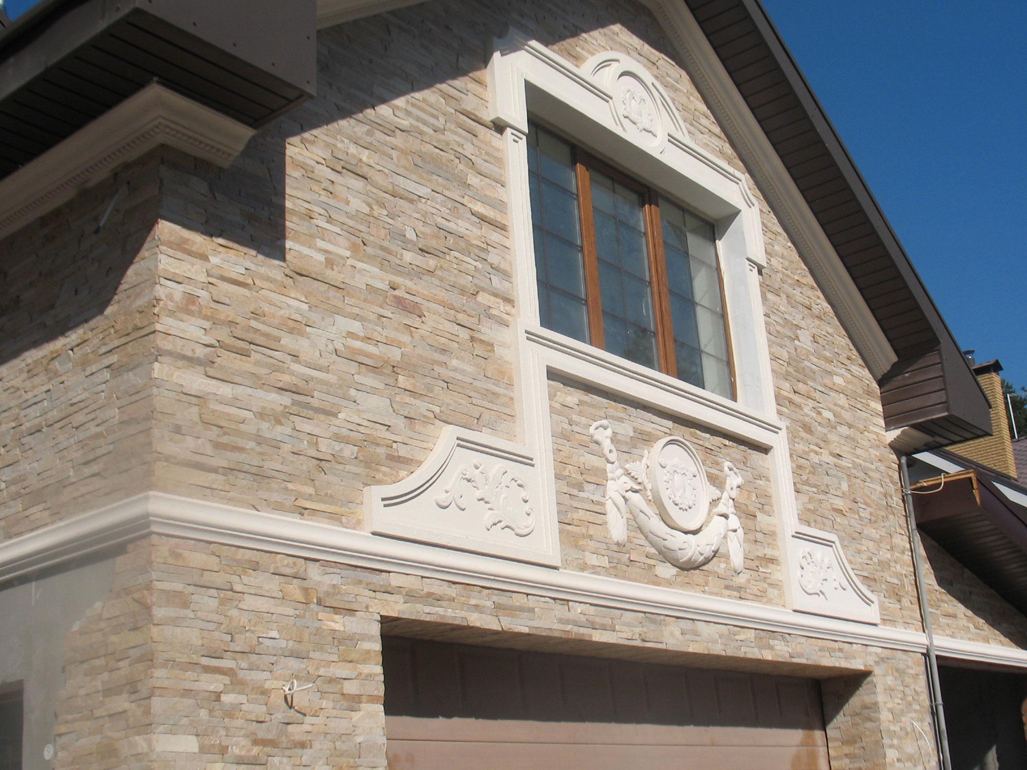 Использование для украшения архитектурных элементов