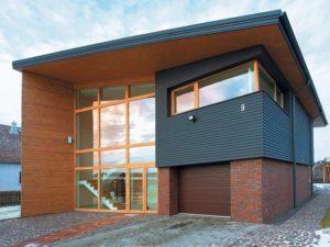 Красивый фасад пестрого цвета в современном стиле