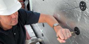 Монтаж плит при помощи дюбелей