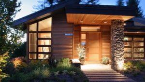 Отделка фасада и стен деревянными панелями