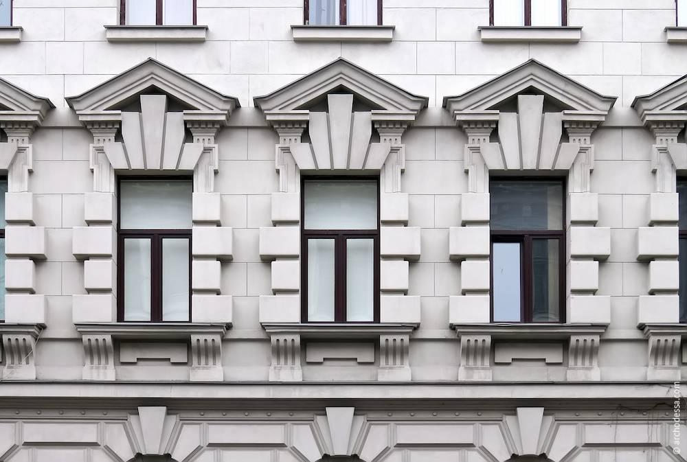 Вариант рустов на фасаде дома