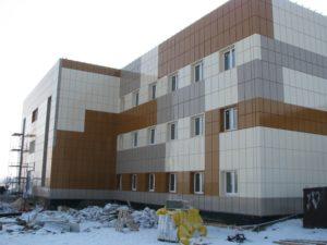Здание с металлокассетами