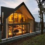 Большие окна для фасада дома