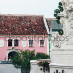 Создание фасада в розовом цвете