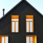 Фасад, созданный в черном цвете