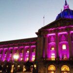Фасад, созданный в фиолетовом цвете