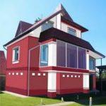 Фасад, созданный в красном цвете