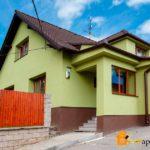 Фасад, созданный в зеленом цвете
