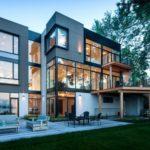 Фасад трехэтажных домов