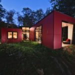 Красный цвет для фасада дома