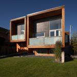 Квадратный современный фасал дома