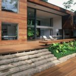 Натуральный фасад из дерева