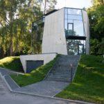 Невероятный фасад современного четырехэтажного дома