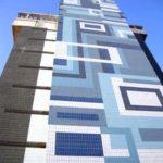 Невероятный вид фасада с помощью голубой плитки