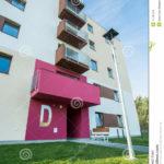 Нежный розовый фасад