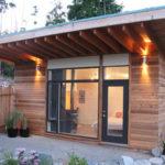 Особенности оформления фасада с односкатной крышей