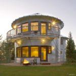 Особенности создания практичного круглого фасада