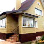 Коричневые панели для фасада