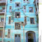 Применение красивого фасада в голубом цвете