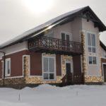 Пример фасада с балконом