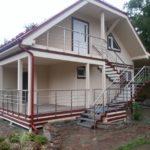 Пример фасада с лестницей