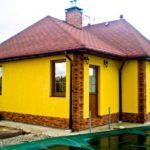 Пример красивого желтого фасада
