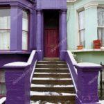 Пример современного фиолетового фасада