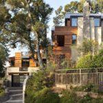 Шикарное оформление фасада четырехэтажного дома