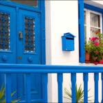 Синий цвет фасада для дома