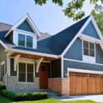 Современный голубой фасад для дома