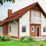 Стоит ли создавать фасад с двухскатной крышей