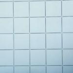 Светлый нежный оттенок плитки, предназначенной для фасада