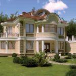 Внешний вид фасада с балконом