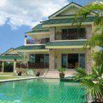 Выбираем фасад для дома в зеленом цвете