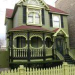 Зеленый цвет фасада