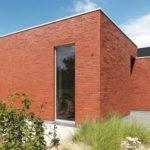 Красная плитка для фасада