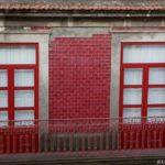 Как удачно использовать красную плитку для фасада