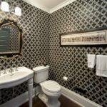 Как выбрать обои для ванной комнаты?