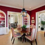 Красный цвет в оформлении интерьера: отличительные особенности и характеристики