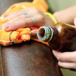 Правила ухода за кожаной мебелью
