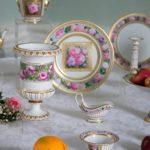 Фарфоровые изделия в интерьере — акцент аристократичности