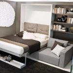 Функциональная и красивая кровать в маленькую спальню