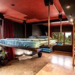 Стильная подвесная кровать