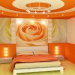 Хит сезона — спальня в оранжевом цвете