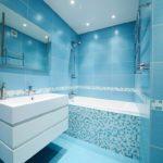 Тренд сезона ванная в голубом цвете