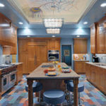 Какой потолок не стоит выбрать для кухни