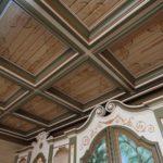 Кессонный потолок из дерева: преимущества и недостатки