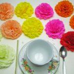 Как сделать красивые цветы из гофрированной бумаги