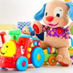 Какие игрушки ребенку покупать не стоит?